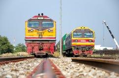 Parcheggio del trasporto di due locomotive. Fotografie Stock Libere da Diritti