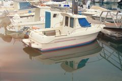Parcheggio dell'yacht sulla spiaggia Fotografia Stock Libera da Diritti