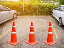 Parcheggio libero con il cono di traffico Fotografie Stock