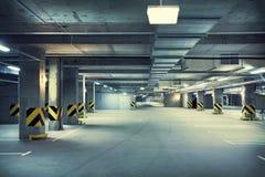 Parcheggio sotterraneo Immagini Stock Libere da Diritti