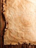 Parchemin antique sur le bois Images stock