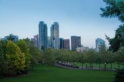 Parco del centro di Bellevue nella sera Fotografia Stock Libera da Diritti