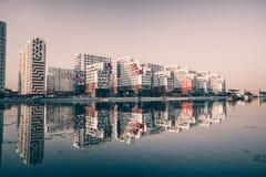 Parco del fiume, una nuova zona residenziale moderna a Mosca immagini stock