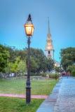 Parco della chiesa di trinità alla notte Fotografia Stock