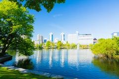 Parco della città di Stavanger ed hotel Norvegia fotografia stock