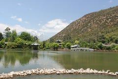 Parco dello stagno del drago del nero del Yunnan Lijiang di cinese Immagini Stock Libere da Diritti