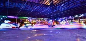 Parco di divertimenti alla notte Immagine Stock
