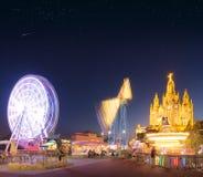 Parco di divertimenti e tempio a Tibidabo Immagini Stock