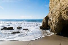 Parco di stato di EL Matador in spiaggia di Malibu Fotografie Stock