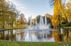 Parco di Valkenberg nella città olandese di Breda nella stagione di caduta fotografie stock