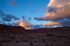 Parco-isola nazionale dell'Utah-Canyonlands nel cielo Rim Road bianco distretto fotografie stock libere da diritti