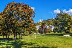 Parco in Marianske Lazne, repubblica Ceca immagini stock libere da diritti