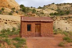 Parco nazionale della scogliera del Campidoglio della cabina di Behunin Fotografia Stock Libera da Diritti