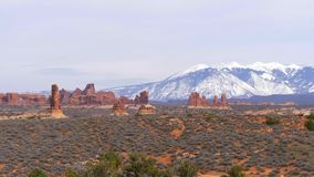 Parco nazionale di arché nell'Utah - punto di riferimento famoso video d archivio