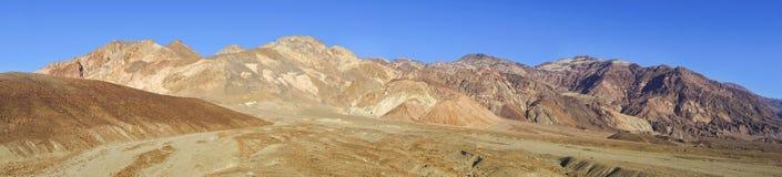Parco nazionale di Death Valley del paesaggio di Palette Wide Panoramic dell'artista Fotografia Stock Libera da Diritti