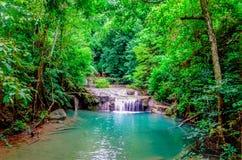Parco nazionale di Erawan, Kanchanaburi, cascata di Erawan Immagini Stock Libere da Diritti