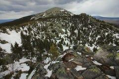 Parco nazionale di Taganai Montagna di Kruglitsa 1178 m. Immagini Stock