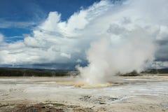 Parco nazionale di Yellowstone del geyser della nave a vapore Immagine Stock