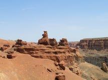 Parco nazionale rosso di Charyn del canyon di formazioni rocciose (Sharyn) Fotografie Stock