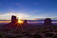 Parco tribale navajo della valle del monumento Immagine Stock