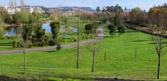 Parco urbano di Parque da Devesa in Vila Nova de Famalicao, Portogallo fotografia stock