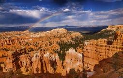 Parco Utah di Bryce Point Bryce Canyon National della tempesta dell'arcobaleno Fotografie Stock