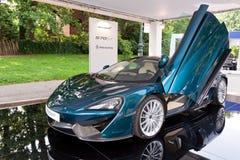 Parco Valentino - Openluchtcar show in Turijn - Tweede uitgave 2016 Royalty-vrije Stock Foto's