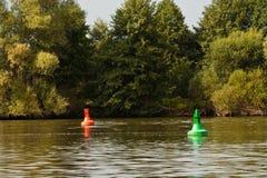Parcours ouvert dans un fleuve Images libres de droits