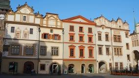 Pardubice, чехия Фасад исторических зданий в центре города видеоматериал