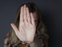 Pare el abusar de mujeres Imágenes de archivo libres de regalías