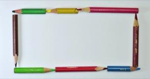 Pare el movimiento del lápiz del color que crea marcos almacen de metraje de vídeo