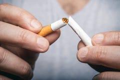 Pare a imagem anti-fumaça rendida Smoking fotos de stock royalty free