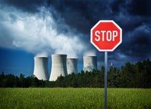 Pare la energía atómica Fotos de archivo libres de regalías