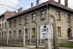 Pare o Polônia de Auschwitz Birkenau KZ do campo de concentração do sinal da morte imagem de stock royalty free