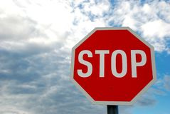 Pare o sinal de tráfego da estrada Foto de Stock Royalty Free