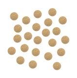 Parecchie compresse nutrizionali di supplemento del lievito dei brewer's su bianco Immagine Stock