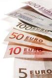 Parecchio euro carta di banca in una fila Immagini Stock