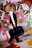 Pared adolescente de la pintada de la maleta Imagen de archivo
