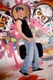 Pared adolescente de la pintada de la maleta Fotos de archivo libres de regalías