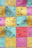 Pared al escalador en quien usted puede subir Imagen de archivo libre de regalías