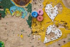 Pared amarilla del amor Imágenes de archivo libres de regalías