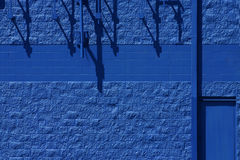 Pared azul Fotos de archivo