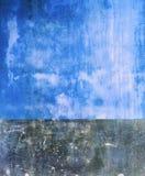 Pared azul plana al aire libre vibrante del vintage de la perspectiva del color de Colorfull Imágenes de archivo libres de regalías