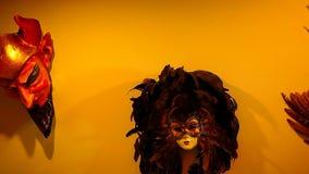 Pared brillante Hd de la máscara de Carnaval almacen de metraje de vídeo