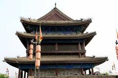 Pared china y puerta de la ciudad antigua en la ciudad de Xian Fotos de archivo