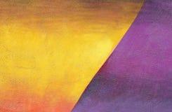 Pared con la pintura púrpura del modelo de la pintura de la pared del yelllow colorido Fotografía de archivo libre de regalías