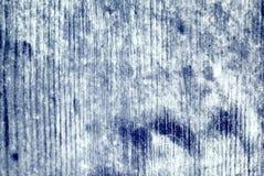 Pared con la pintura resistida rasguñada azul del modelo Fotos de archivo