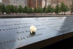 Pared conmemorativa del granito de WTC Fotos de archivo libres de regalías