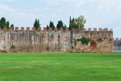 Pared de la ciudad antigua de Pisa Foto de archivo