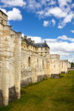 Pared de la defensiva del castillo de Vincennes imagenes de archivo